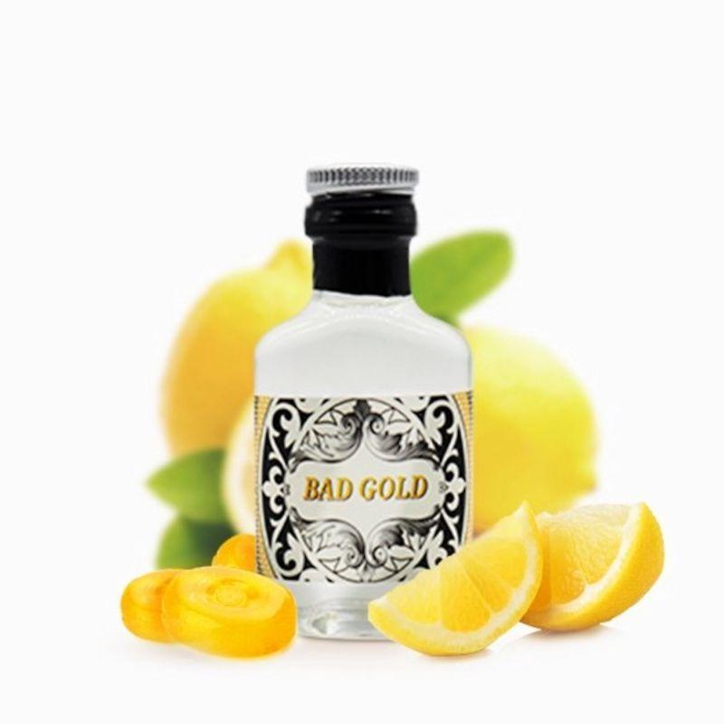 Al palato una scorza di limone particolarmente succosa e dolce.